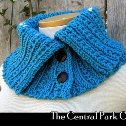 Knitting Pattern Central Bags : The Central Park Cowl Knitting Pattern on Luulla