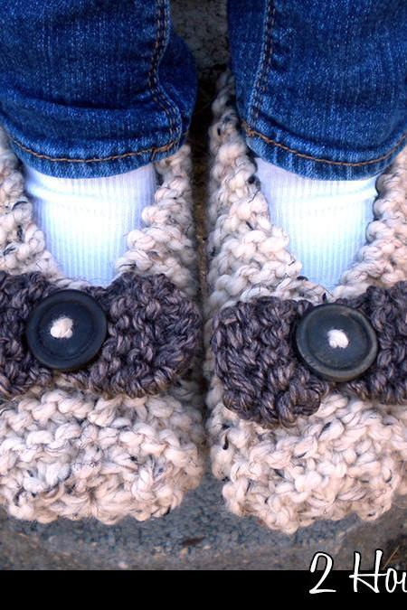 2 Hour Slippers for Adults Knitting Pattern