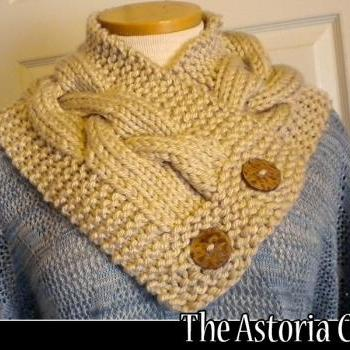 The Astoria Cowl knitting pattern