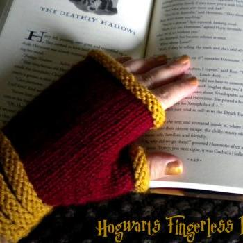 PATTERN: Hogwarts Fingerless Mitts (sizes child - adult)