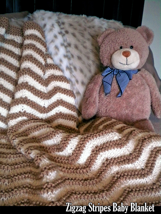 Zig Zag Knitting Pattern Baby Blanket : Zigzag stripes baby blanket knitting pattern on luulla